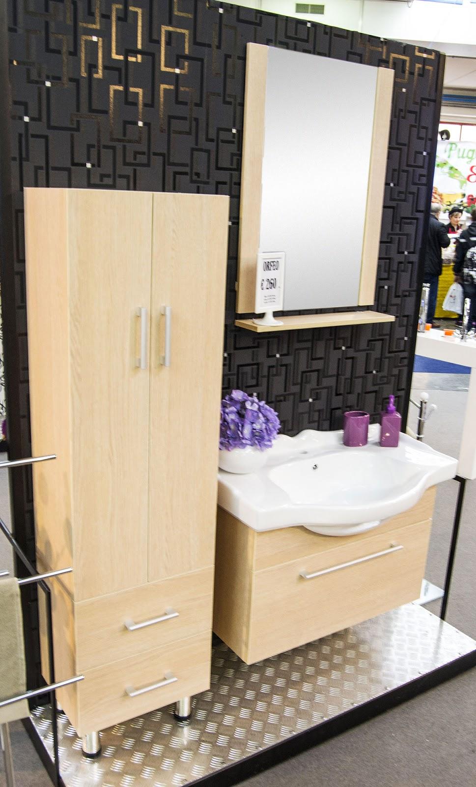 Mobile bagno con lavabo in ceramica box doccia cabine multifunzione e vasche per disabili - Colonna bagno economica ...