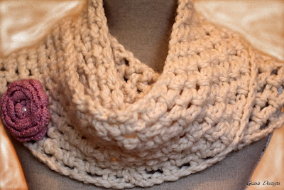 Infinity Crochet Scarf with brooch Ashes of Rose
