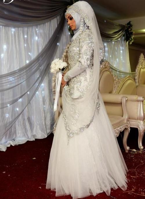 Muslim Wedding Dresses Cape Town : Kurdeleli kedi tesett?r gelinlik modelleri