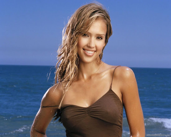 Actress Jessica Alba Wallpaper