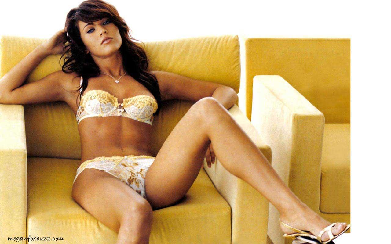 http://3.bp.blogspot.com/-7R0X6tlGk4Q/UTufddn3GpI/AAAAAAAAIVk/Gjl-kYY6QQE/s1600/Megan+Fox+18.jpg
