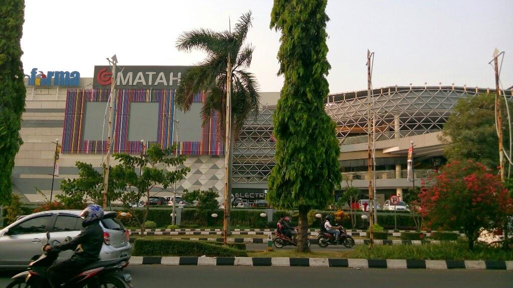 Mall Paling Mewah Di Cibinong