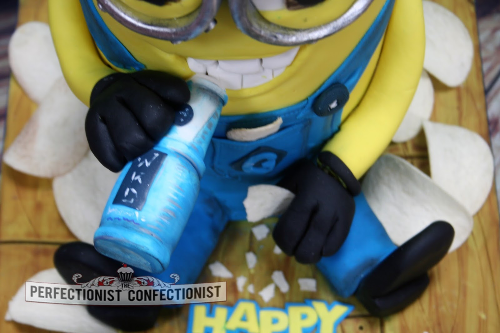 The Perfectionist Confectionist Laura Minion Birthday Cake