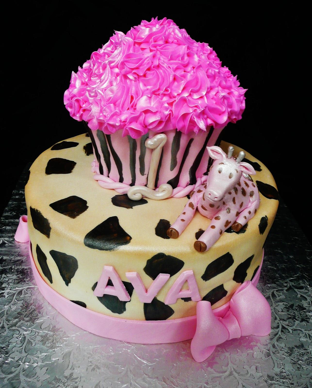 Baking With Roxana's Cakes: Animal Print Birthday Cake