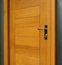 Yandy frank casas prefabricadas puertas prefabricadas for Puertas de madera prefabricadas guatemala