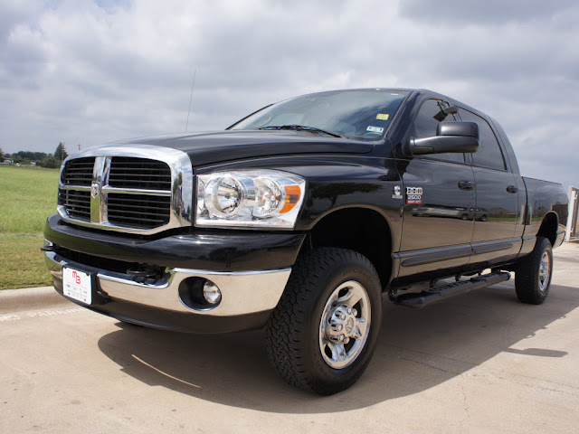 miles   dodge ram  truck mega cab turbo diesel  sxt model