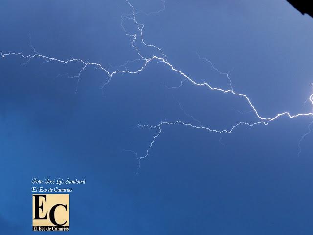 fuerte tormenta electrica esta madrugada gran canaria 22 septiembre