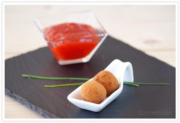 bocaditos-queso-con-cebolla-frita