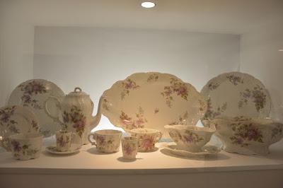 old porcelain ćmielów