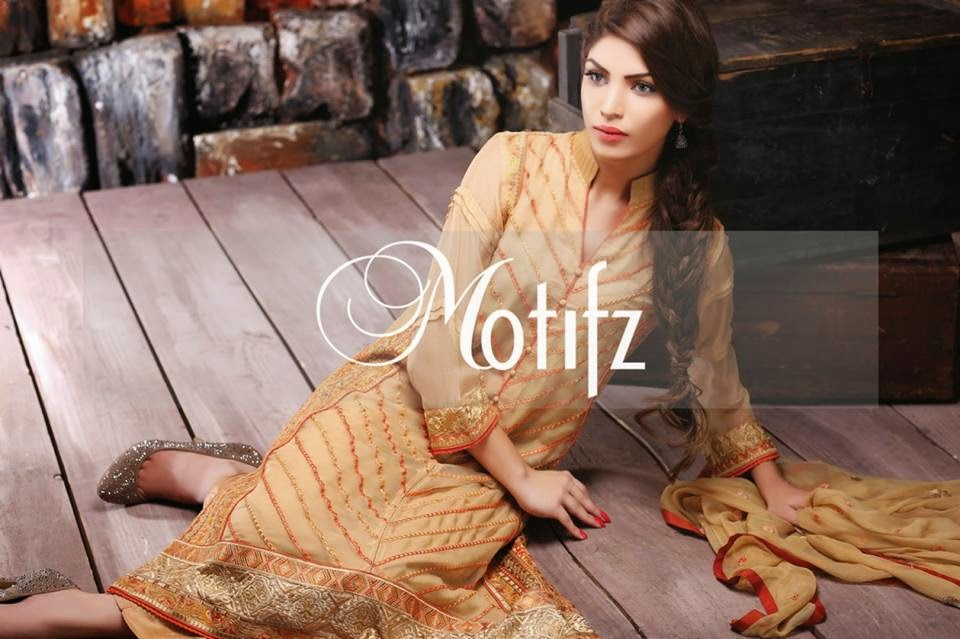Silk chiffon dress by Motifz