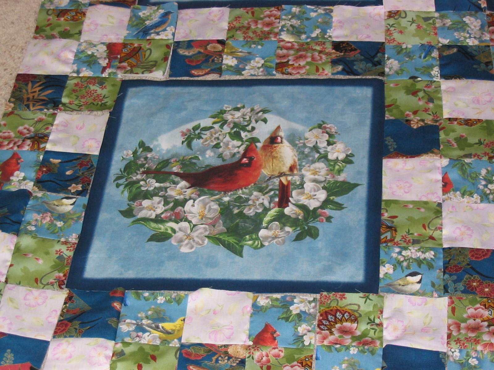 Quilting Kitty: 02/10/13 : bird quilt - Adamdwight.com