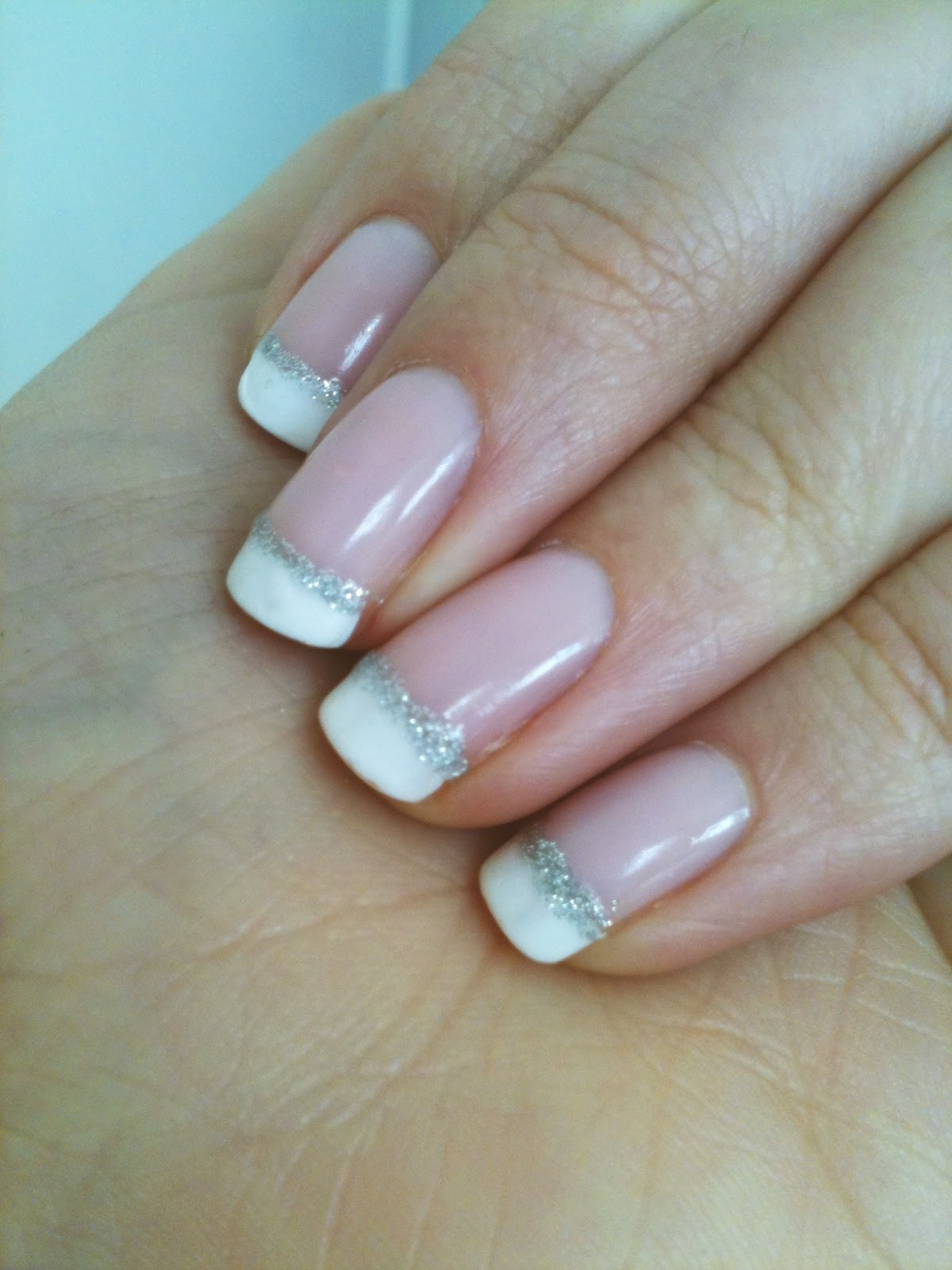 french nails with glitter line the image kid has it. Black Bedroom Furniture Sets. Home Design Ideas