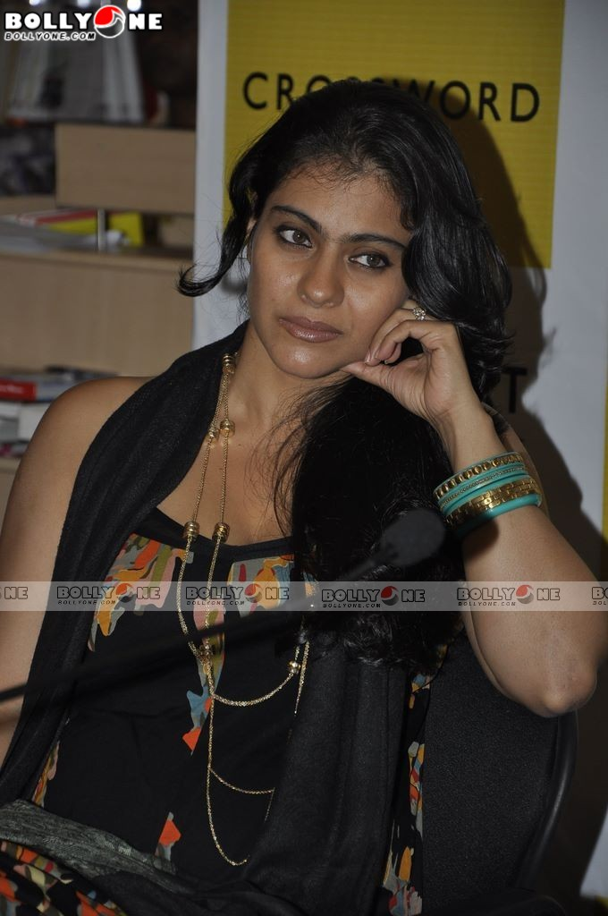 Hot Sisters Kajol Tanisha Hot Pics