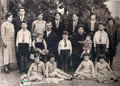 De familie Smets-Van Laer uit Grobbendonk telden 16 kinderen.