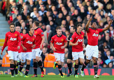 Valencia Manchester United v Fulham Barclays Premier League 2013