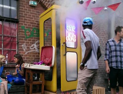 Το μικρότερο nightclub στον κόσμο έχει το μέγεθος τηλεφωνικού θαλάμου