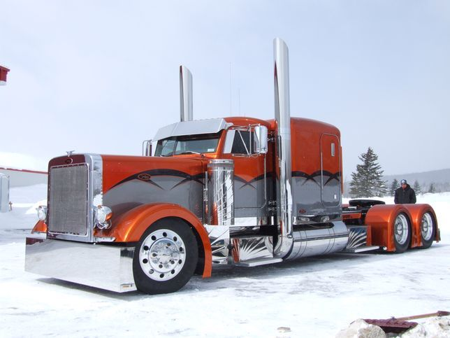 Custom freightliner trucks