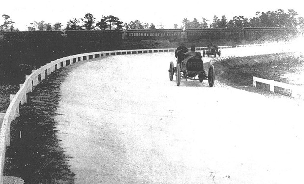 30 amazing vintage photos of american car races from the for Motor vehicle long island
