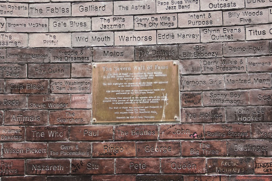 cavern club liverpool memorial