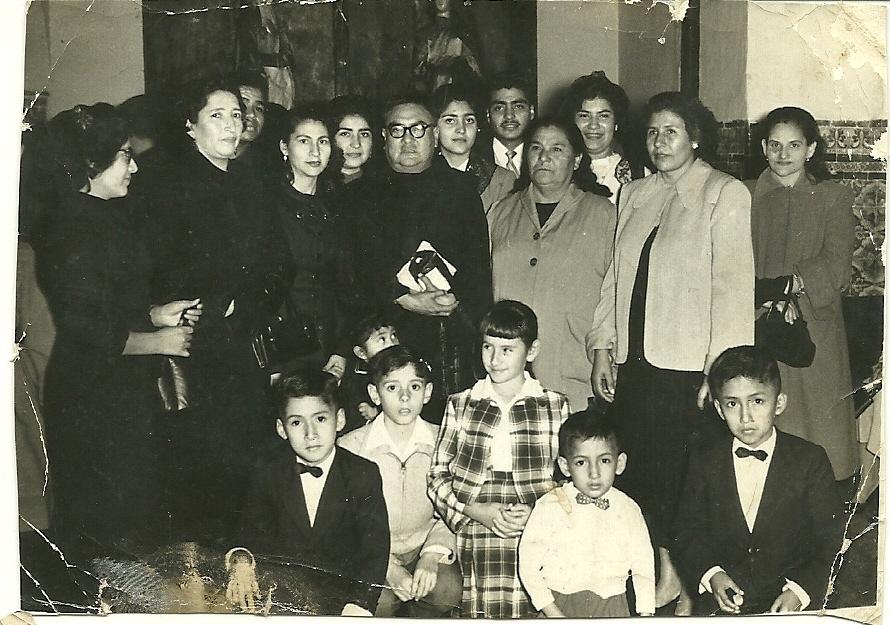 Foto de familia con mi madre Luisa Mendoza,tia Luzmila y mis hermanos ...