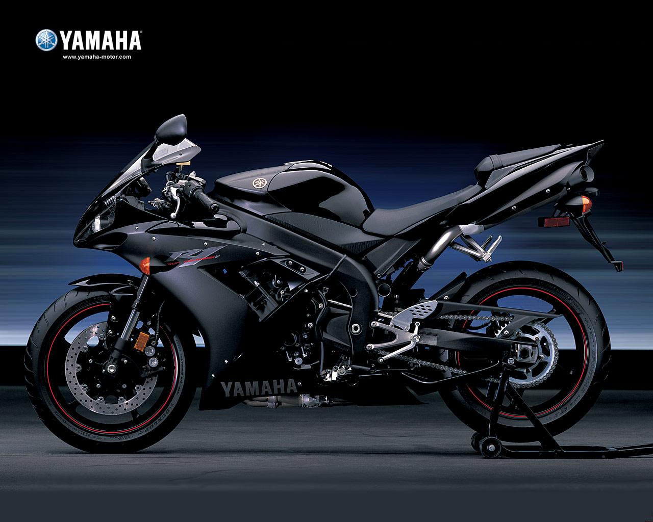 Yamaha yzf r1 white for Yzf r1 yamaha