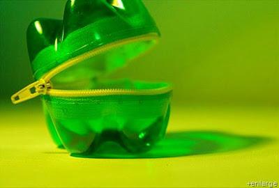 Reciclaje de botellas de plástico en Recicla Inventa