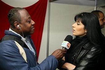 Jornalista: Nelson Silva entrevista a Cantora Gospel FERNANDA BRUM