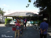 Queue for entrace ticket, Kraton Yogyakarta
