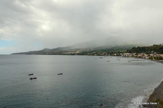Martinique - Saint Pierre - Montagne Pelée sous la brume