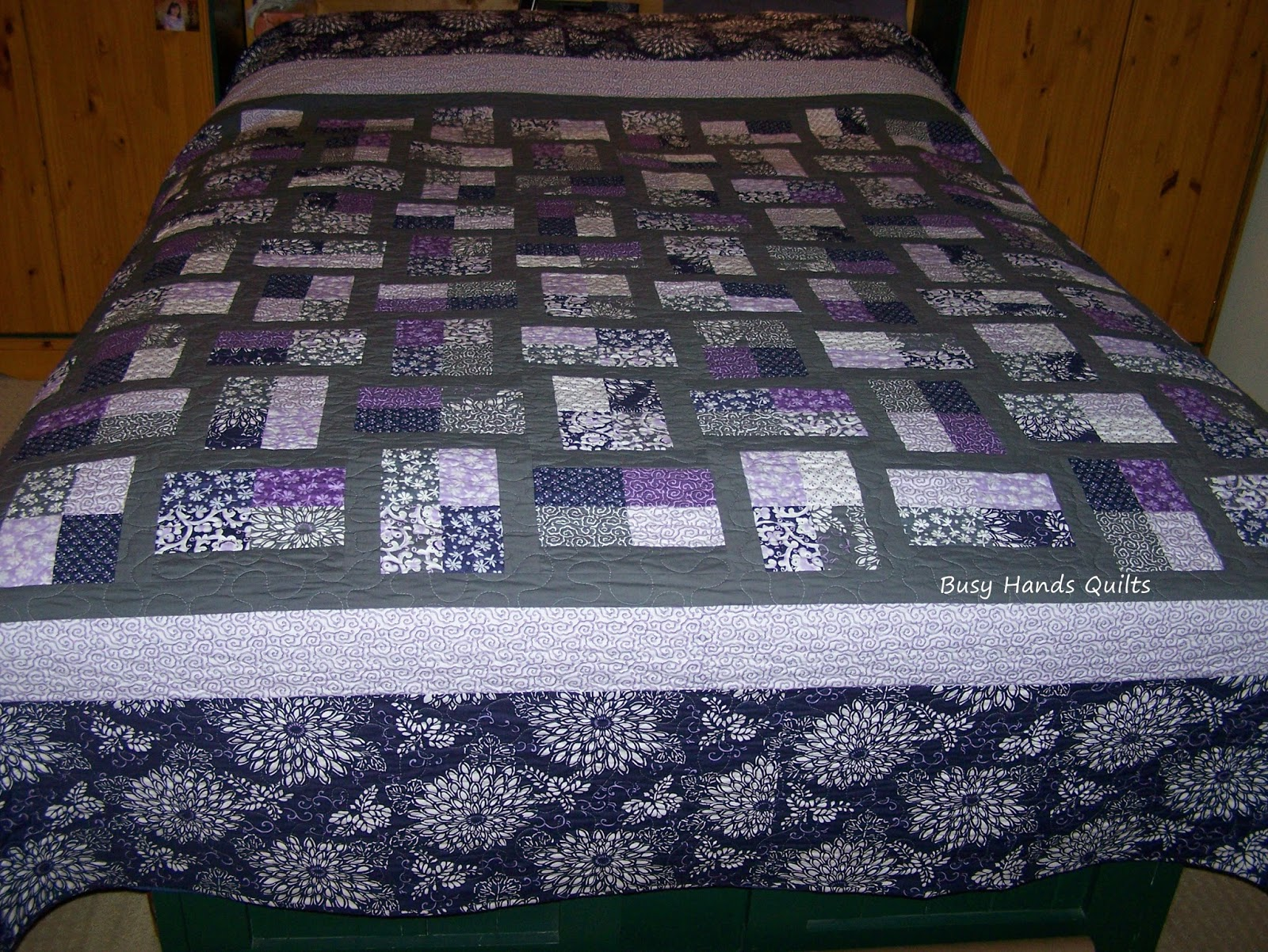 Busy Hands Quilts: King-Sized Phoebe's Flower Box Quilt Set +++ ... : quilt sales - Adamdwight.com