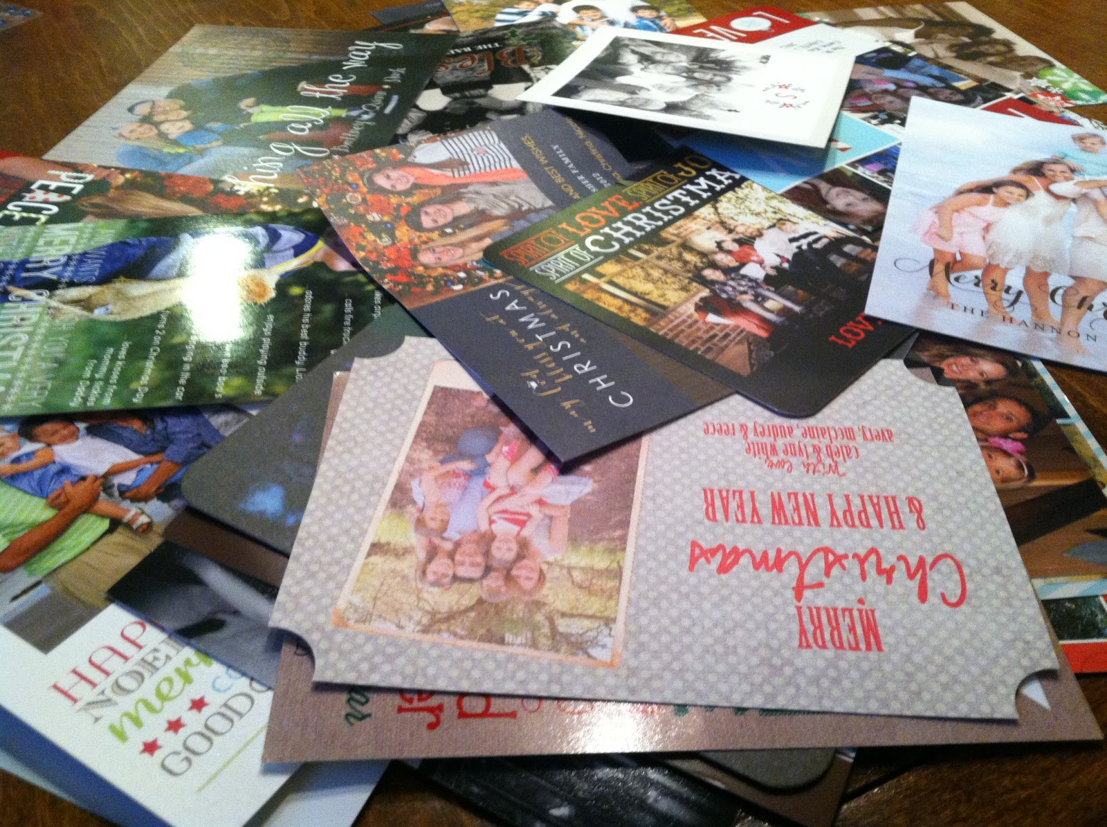 What to do with all those beautiful Christmas cards ... Some ideas ...