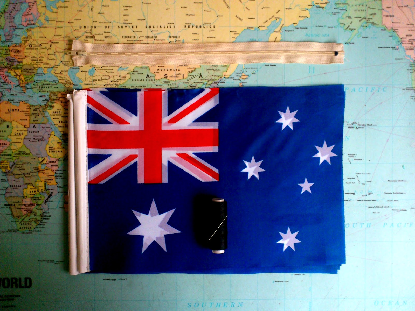 DIY Flag Clutch