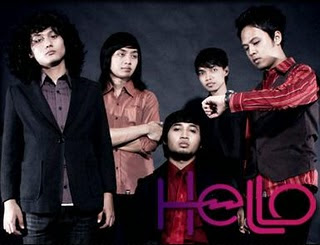 Hello - Di Antara Bintang MP3