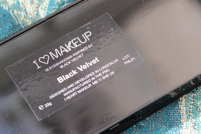 Makeup Revolution I heart makeup Velvet palette - back of palette