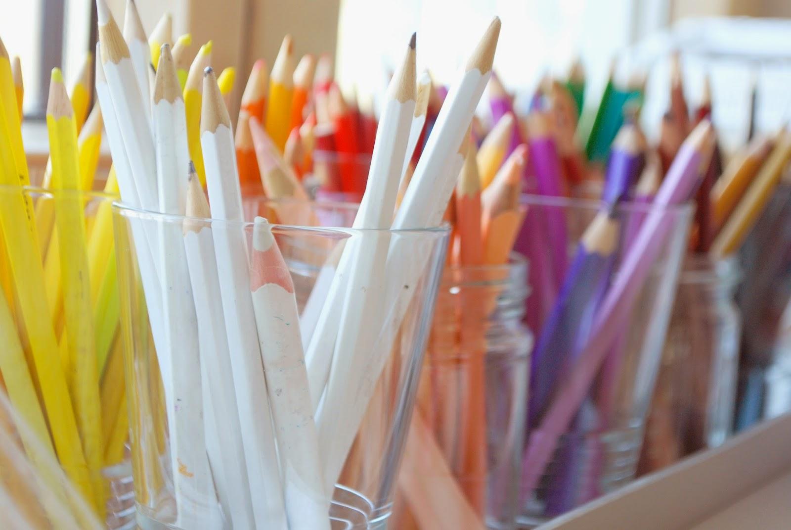 Ordnung im Kinderzimmer - Buntstifte ordnen