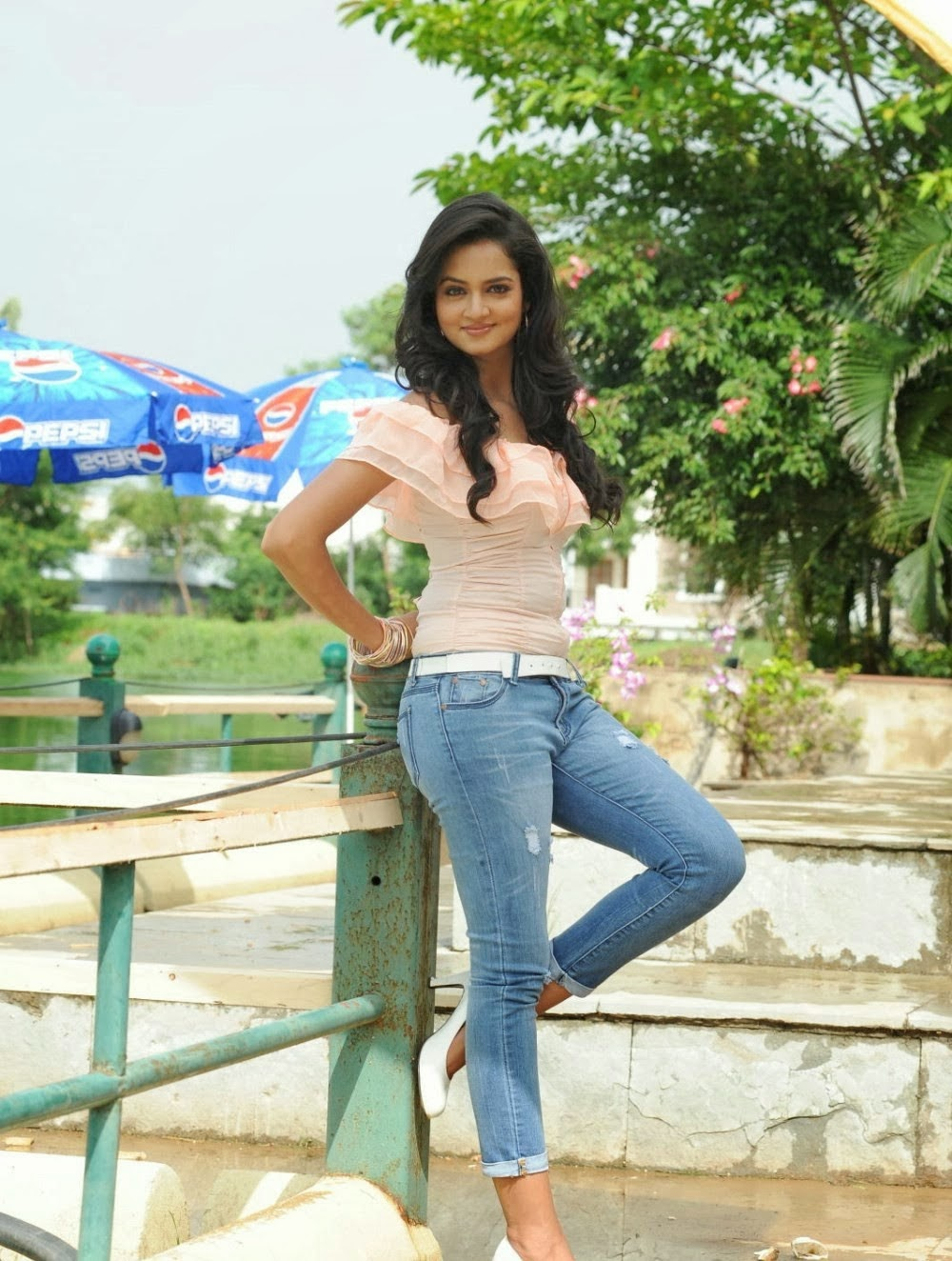 Shanvi Srivastava Looks Absolutely Tuning Cute Teen Beauty in Jeans and Top WOW HQ Pics Must See