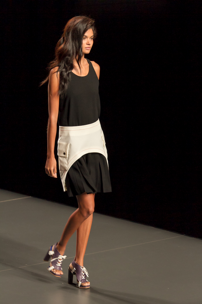 Cronica desfile Rabaneda Fashion Week Madrid por blogger de moda withorwithoutshoes
