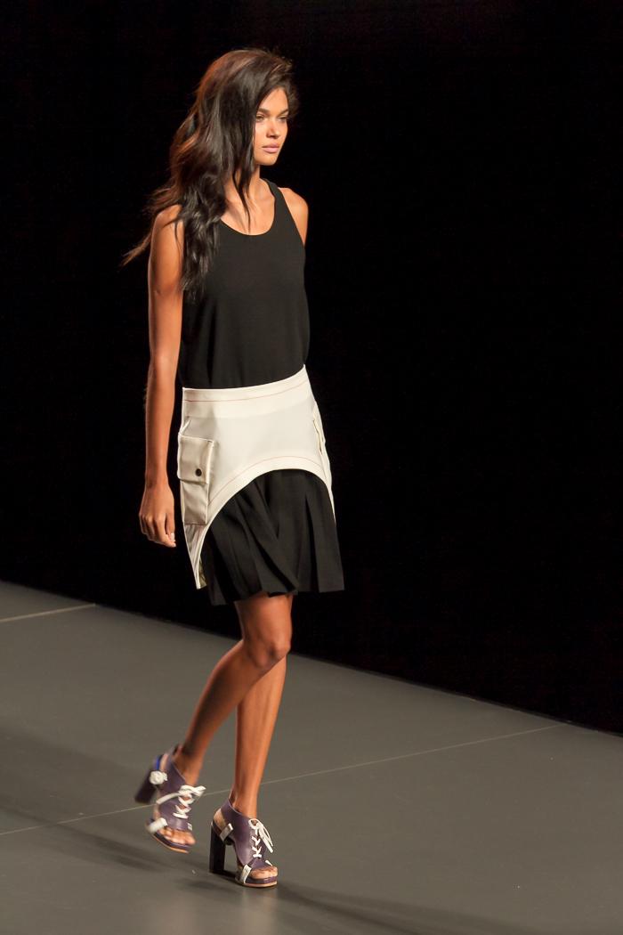 Cronica desfile Rabaneda Fashion Week Madrid por blogger de moda withorwithoutshoes