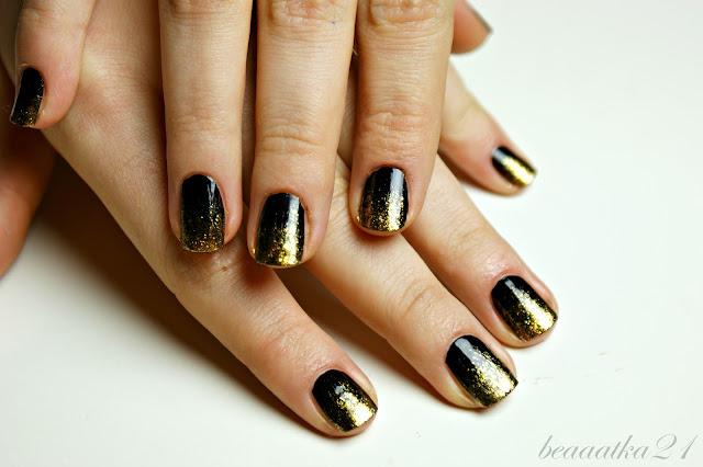 Roziskrzony manicure