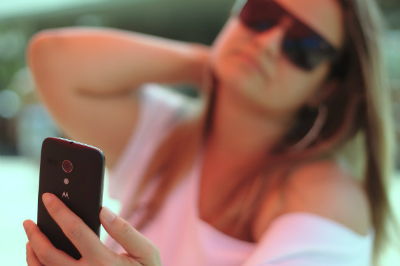 Are selfies a form of narcissism or self-documentation?