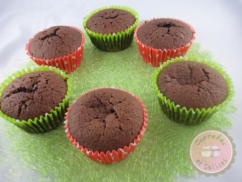 Cupcakes Moelleux Au Chocolat Coeur Fondant Cupcakes Et Délices