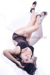 Ika Putri Model Majalah Popular