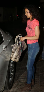 Kangana Ranaut Snapped At Mumbai Airport