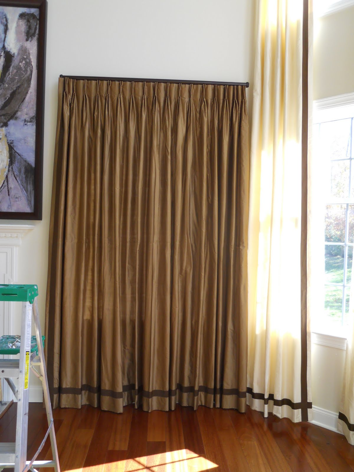 how drapery howtodecorate using hang pin decorate howtodrapery panels to hook drapes hooks story two hanging