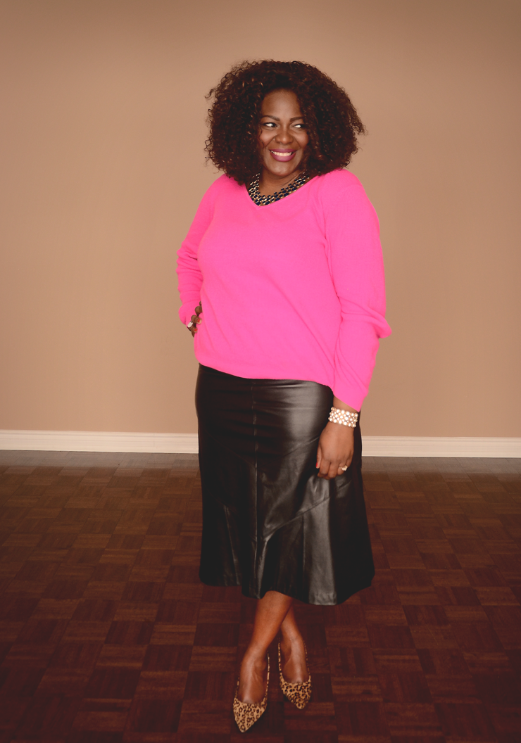 plus size fashion for women: bright pink sweater with leather skirt and animal print shoes #curvyfashion