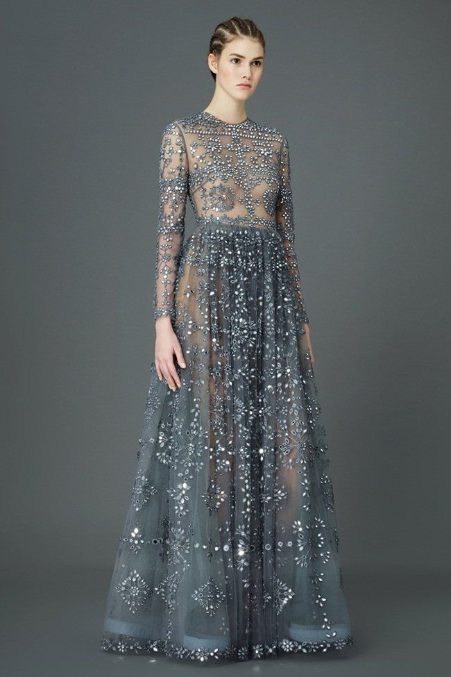 金鐘50 撞衫 2015 Golden Bell Awards:Valentino 2015 Pre-Fall Gray Tulle Gown Embellished With Shimmering Crystals Editorials
