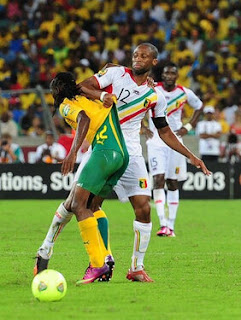 Keita giving Yeye a wedgie AFCON 2013