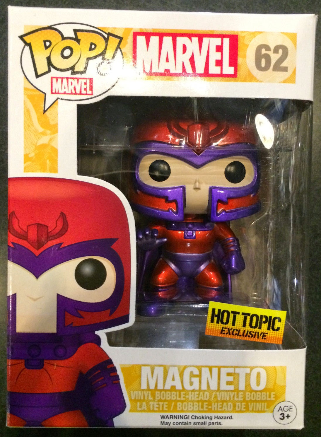Magneto Edición Metálica exclusiva Hot Topic