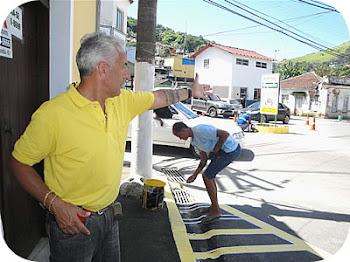 Melhorando o trânsito e desobstruindo as esquinas em Mangaratiba