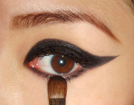 Cat eyes makeup tips